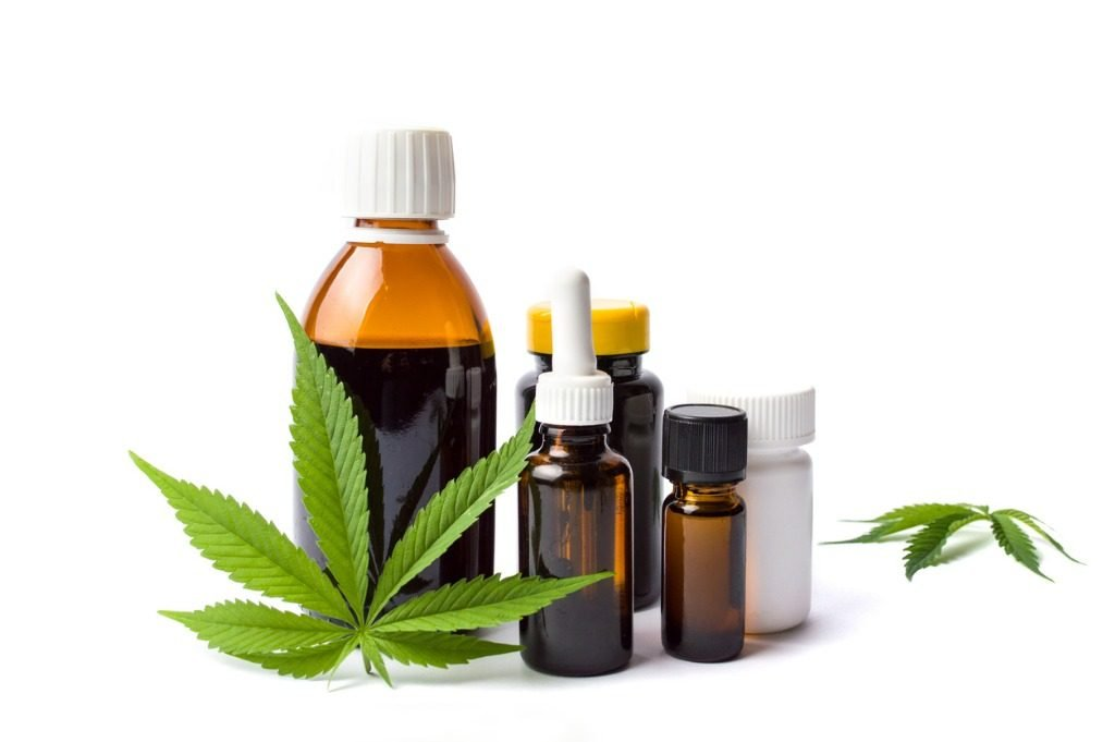 marijuana-and-cannabis-oil-bottles-isolated-picture-id805703706 (3)