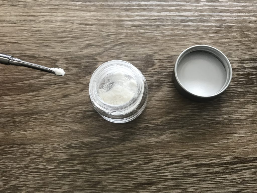 pure cbd isolate powder on a desk